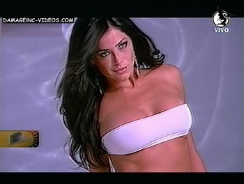 Argentina celebrity Pamela David nipple poke